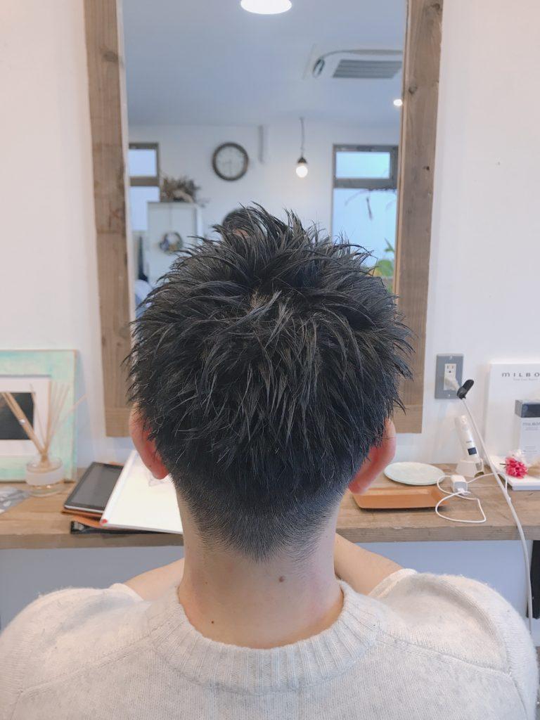 メンズヘアースタイル写真後ろ